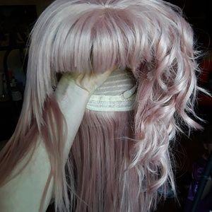 Accessories - Pale pink wig